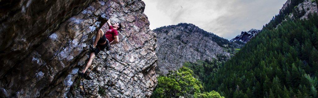 Climbing-Indian-Creek