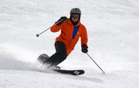 Telemark Skiing: Why You Should Drop a Knee